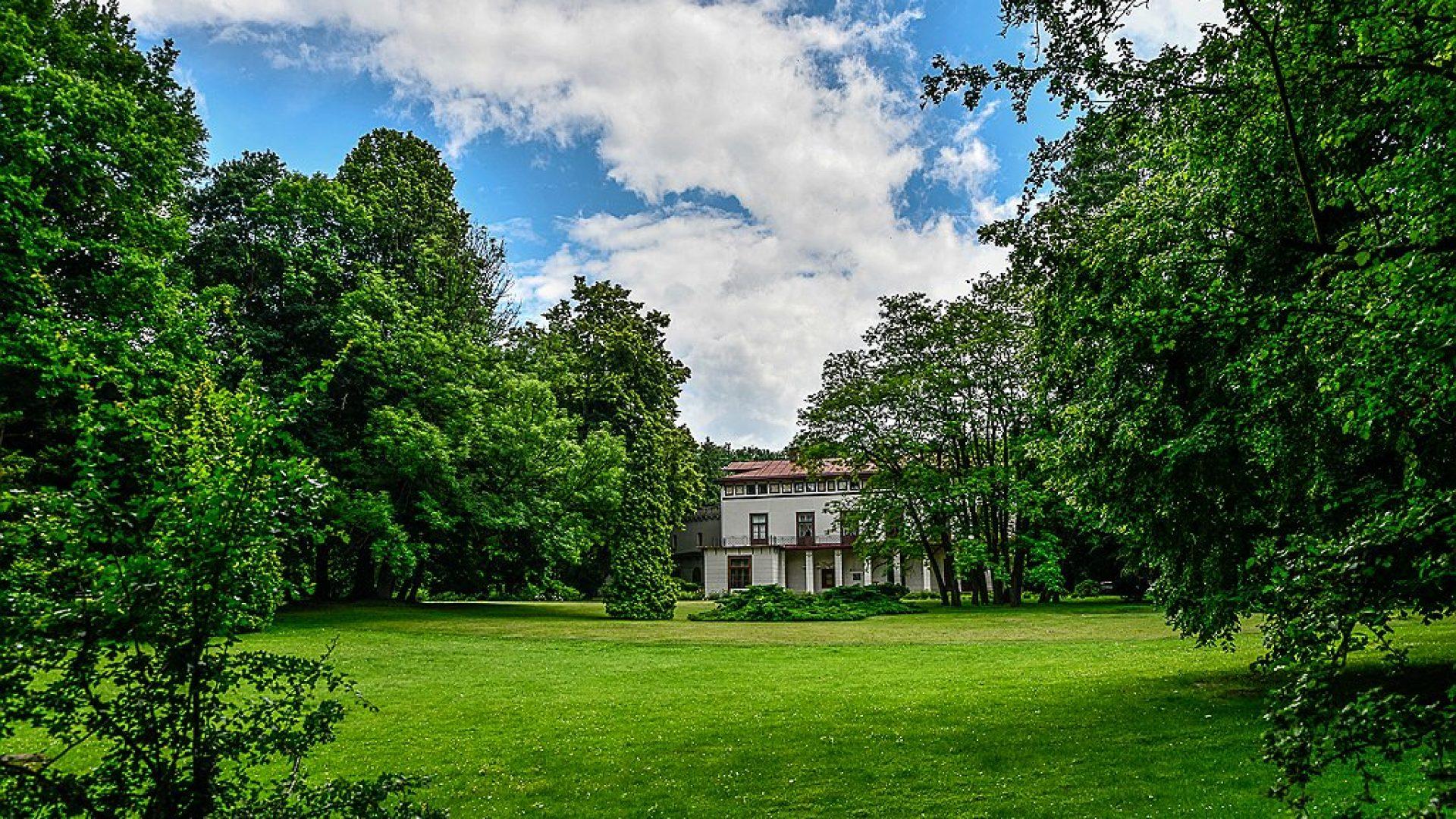 Muzeum w Przeworsku Zespół Pałacowo Parkowy